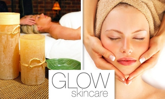 Glow Skincare at Platinum Salon - East End: $65 for a Body Wrap and Express Facial from Glow Skincare at Platinum Salon ($135 Value)