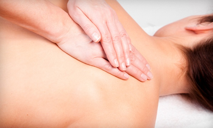 Queens Center Chiropractic - Elmhurst: $29 for a 60-Minute Deep-Tissue Massage and Chiropractic Package at Queens Center Chiropractic in Elmhurst ($310 Value)