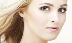 Tratamiento facial médico con radiofrecuencia, microdermoabrasión y limpieza 6 en 1 por 29,95 € en Clínica Lladó