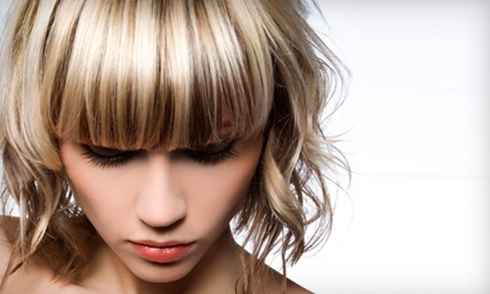 Angus Mitchell Salon - Beverly Hills: $39 for Haircut, Blow-Dry, Restorative Treatment, and Champagne at Angus Mitchell Salon in Beverly Hills (Up to $160 Value)