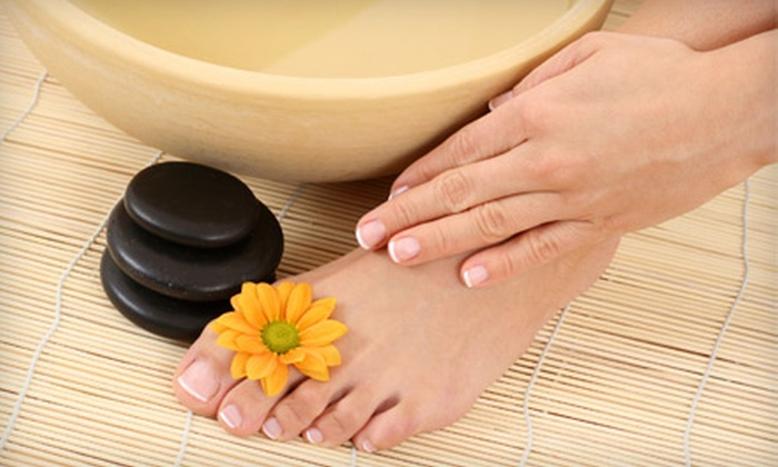 Buckhead Nail and Toe Spa - Buckhead Triangle,Mayfair: $25 for a Manicure, Deluxe Pedicure, and Hot-Stone Foot Massage at Buckhead Nail & Toe Spa ($62 Value)