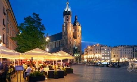 Cracovia: Habitación doble estándar para dos o una familia con desayuno o media pensión en el Hotel Q de Cracovia