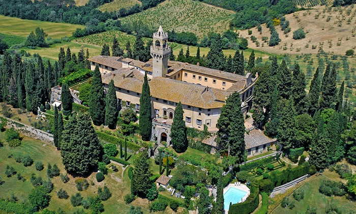 12th Century Tuscan Castle Vacation with Car Rental and Airfare - Montagnana, Italy: 9-Day Tuscan Vacation with Airfare and Car Rental from Great Value Vacations. Price/Person Based on Quadruple Occupancy.