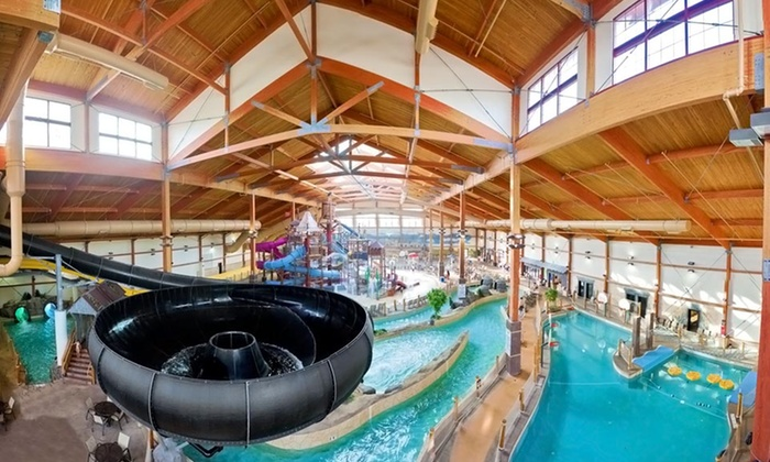 Fort Rapids Waterpark Hotel & Conference Center - Columbus, OH: Stay with Breakfast at Fort Rapids Waterpark Hotel & Conference Center in Columbus, OH. Dates into September.