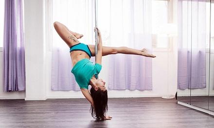 סטודיו X PLACE לריקוד וכושר: שיעור לבחירה מבין ריקוד על עמוד, מתיחות, סטריפ דאנס, רצועות התנגדות ועוד, ב 49 ₪ בלבד