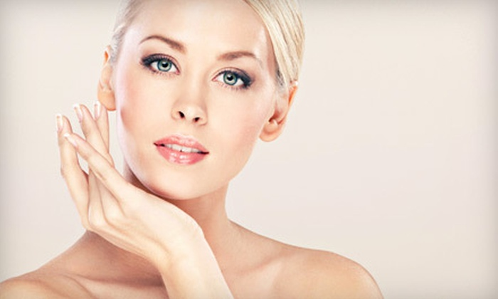 River Organics - Eliot: $49 for a 75-Minute Organic Skincare Package at River Organics ($120 Value)