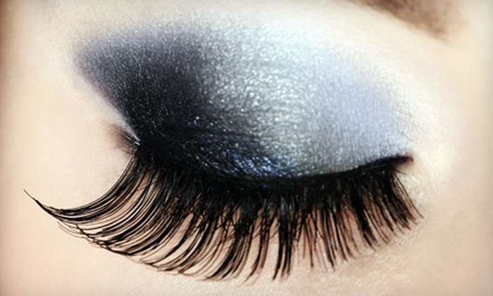 Eyelashes by Aleesha at Della Stella Salon - Valencia: $89 for a Full Set of Eyelash Extensions at Eyelashes by Aleesha at Della Stella Salon in Valencia ($200 Value)