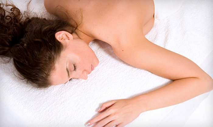 Spa Forever - North Side: $59 for an Aromatherapy Swedish Massage with Thai Body-Work at Spa Forever ($120 Value)