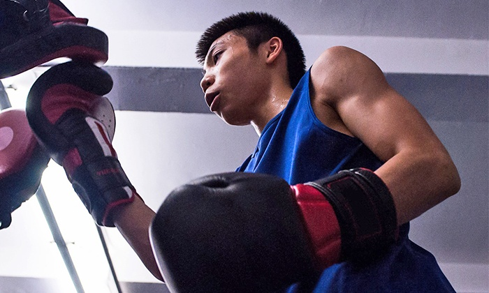Strike'ng Fitness - Strike'ng Fitness: Private Boxing or Kickboxing Lessons at Strike'ng Fitness (Up to 70% Off). Three Options Available.