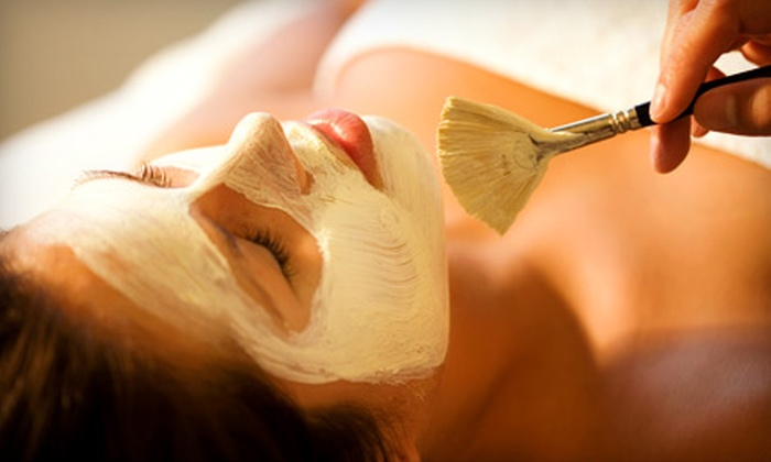 The Spa at Park Lane - Delaware-West Ferry: $42 for an Éminence Organic Pumpkin-Latte Facial at The Spa at Park Lane ($85 Value)