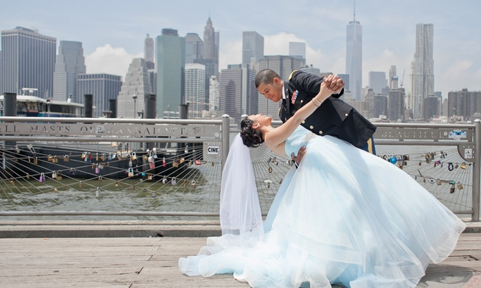 Alexander Barreto Photography - New York City: 120-Minute Wedding Photography Package with Retouched Digital Images from Alexander Barreto Photography (56% Off)