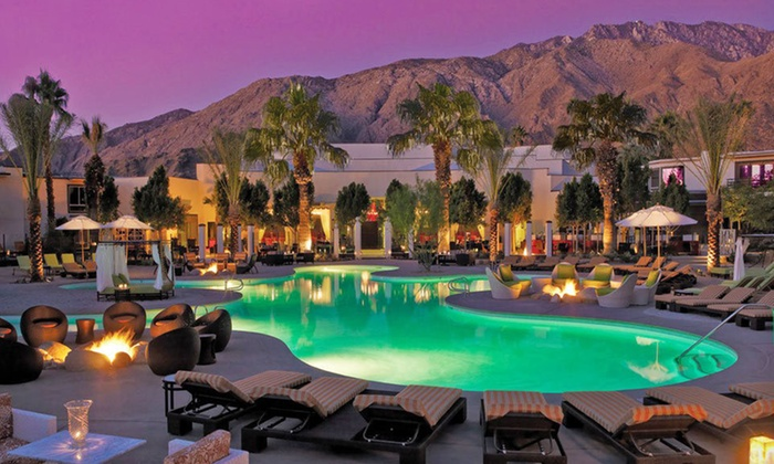 Riviera Los - Palm Springs, CA: One-Night Stay at Riviera in Palm Springs, CA