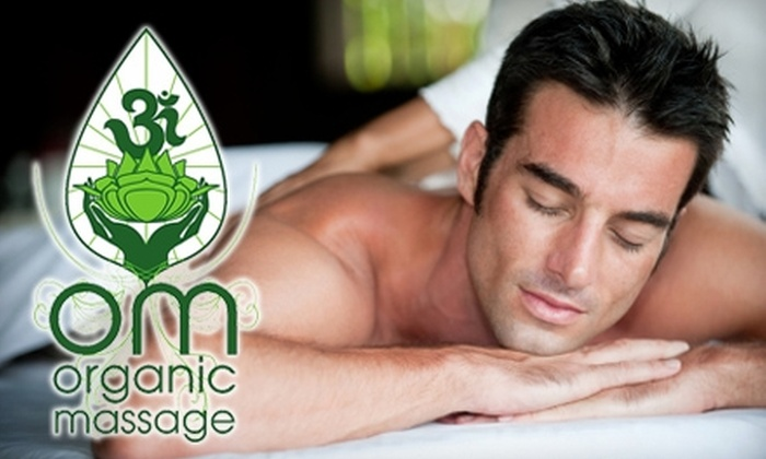 OM Organic Massage - Montrose Verdugo City: $47 for Signature Massage and Additional Aromatherapy at OM Organic Massage in Montrose ($95 Value)