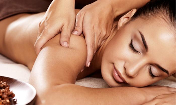 Cuba Relax - Cuba Relax: Desde $59 en vez de $150 por por 1, 2 o 4 sesiones de masajes manuales en camilla con piedras de jade en Cuba Relax