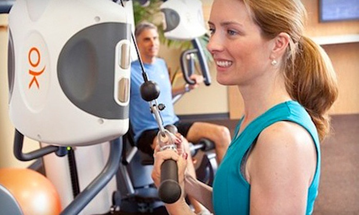 Koko FitClub - Farragut: $35 for a One-Month Gym Membership with Custom Workouts at Koko FitClub ($183.90 Value). Two Locations Available.