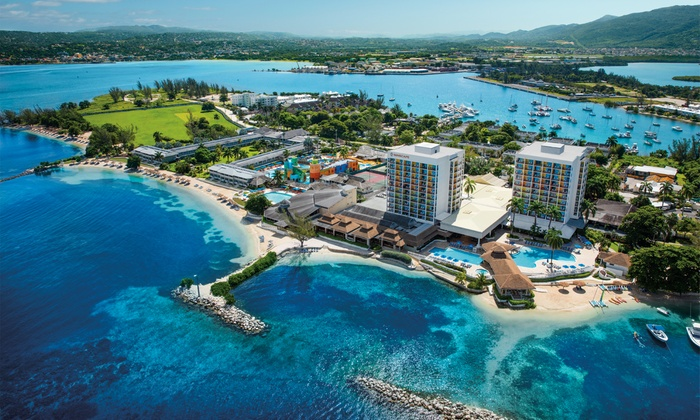 All-Incls. Sunscape Splash Montego Bay Stay w/Air from Travel By Jen