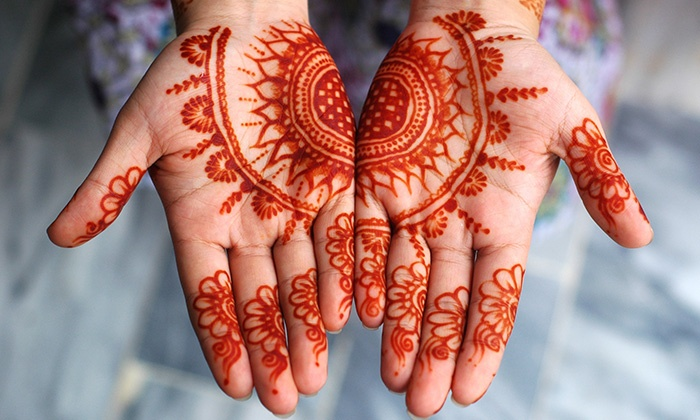 Henna Mehndi By Tisha - Bellerose: 30-Minute Henna Art Session from Henna Mehndi By Tisha (33% Off)