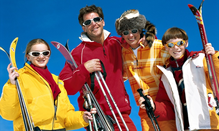 Play it Again Sports  - Old Milton: C$20 for a Ski Tuneup and Wax at Play it Again Sports (C$40 Value)