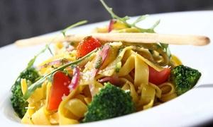 Restauracja Forma: Włoska uczta: dowolna pasta (24,99 zł) z zupą (34,99 zł) dla 2 osób i więcej w Restauracji Forma w Toruniu (do -56%)