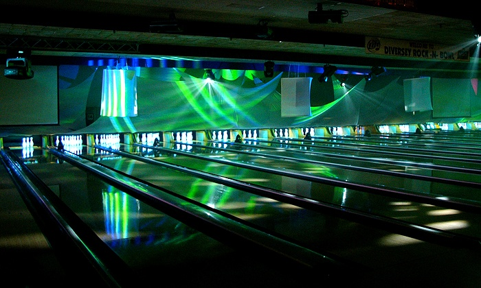 Diversey River Bowl - Lincoln Park: Bowling Package for Five at Diversey River Bowl - Two Options Available (Up to 61% Off)