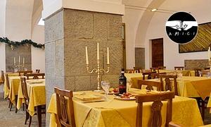 Antico Casale di Montegualandro: Menu gourmet al tartufo con bottiglia di vino per 2 o 4 persone all'Antico Casale di Montegualandro (sconto fino 67%)