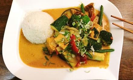 Vietnamesisches 3-Gänge-Menü für Zwei oder Vier im Restaurant Mama Cook (bis zu 57% sparen*)
