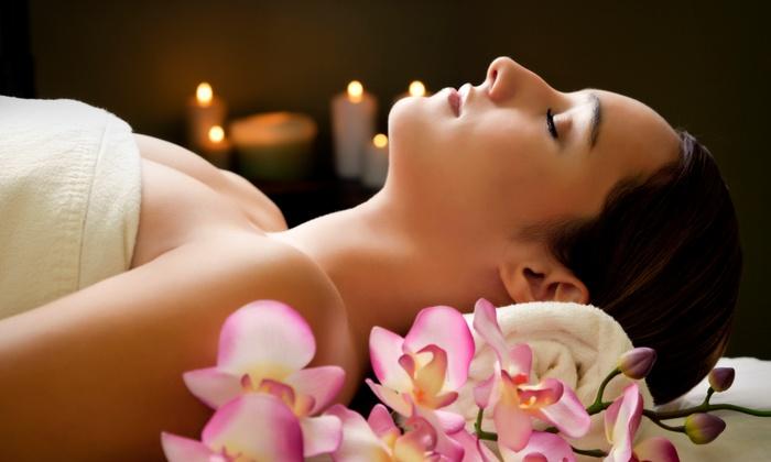 Salon MohVi & Spa - Salon MohVi & Spa: One or Two Oxygen Facials at Salon MohVi & Spa (Up to 54% Off)