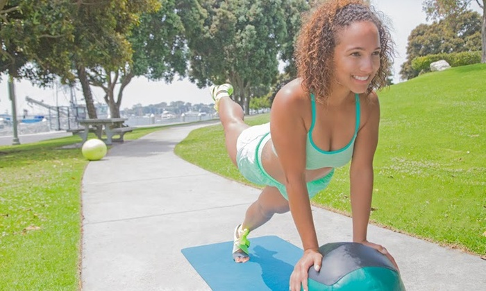 Luv2bfitnhealthy - Los Angeles: Four-Week Diet and Exercise Program at LUV2bFitnHealthy (63% Off)