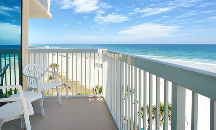 Bahama House - Daytona Beach, Florida: Stay at Bahama House in Daytona Beach. Dates Available into December.