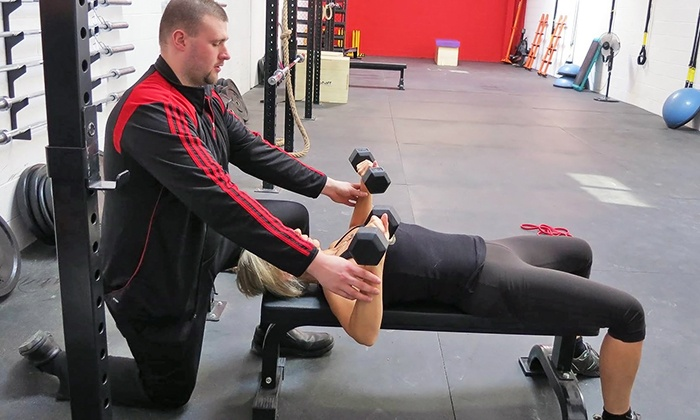 DG Full Fitness Service - Mississauga: 2 or 4 Personal-Training Sessions or 2 Fascial Stretch Sessions at DG Full Fitness Service (Up to 63% Off)