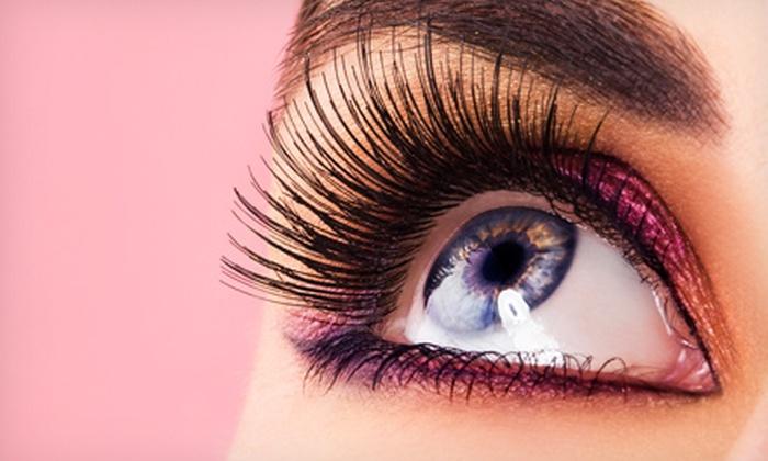 Flutters Lash Studio - The Oaks: $89 for a Full Set of Eyelash Extensions at Flutters Lash Studio ($150 Value)
