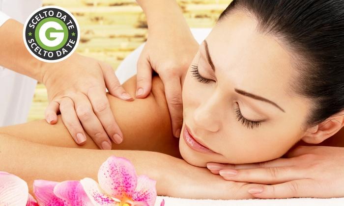 Angelica Istituto Di Bellezza - Taranto: 3 o 5 massaggi di un'ora a scelta da 29,90 €