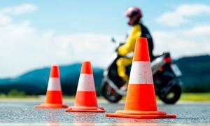 Racing Barcelona: Curso para obtener el carné de moto A1 o A2 con 4 o 6 clases prácticas desde 39,90 €. Cuatro centros a elegir