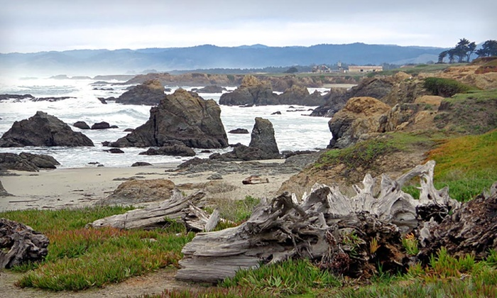 The Weller House Inn - Fort Bragg, CA: One- or Two-Night Stay at The Weller House Inn in Coastal California