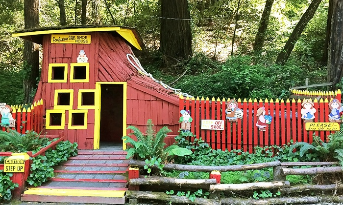 Confusion Hill - Laytonville-Leggett: $5 for Admission for Two to Gravity House at Confusion Hill ($10 Value)