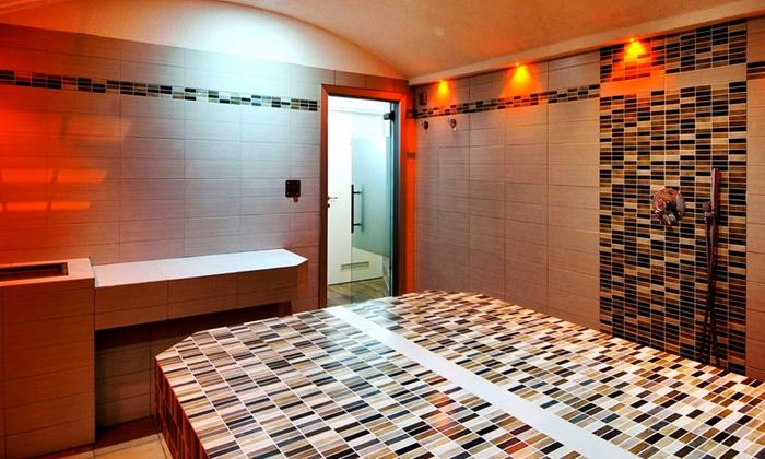 Centro Benessere Palazzo Gnudi SpA - Bologna: Ingresso all'hammam privato con gommage corpo da 29,90 €