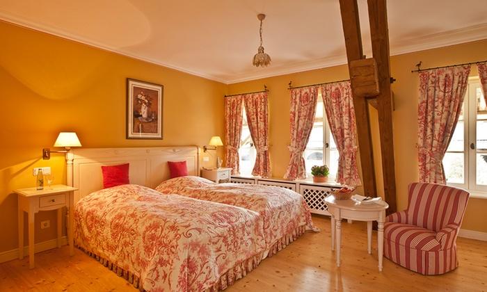 roomfly berlin berlin groupon getaways. Black Bedroom Furniture Sets. Home Design Ideas