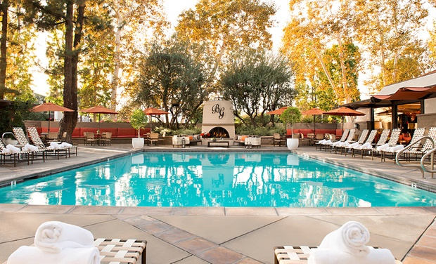 The Garland - North Hollywood, CA: Stay at The Garland in North Hollywood, CA. Dates Available into December.
