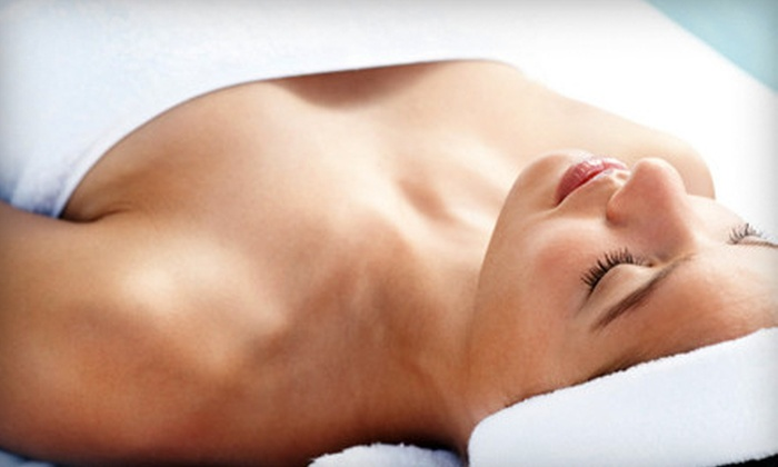 Relaxation Delivered - Clarksville: One or Three Steamy Wonder Treatments with Body Wraps at Relaxation Delivered (Up to 66% Off)