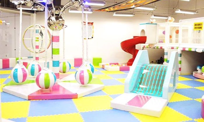 Xtreme Bounce of Fun - South Auburn: 5 or 10 Indoor Playground Visits or a Children's Birthday Party at Xtreme Bounce of Fun (Up to 56% Off)