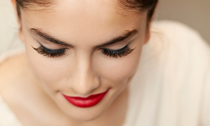 Glowing Skin & Nails - Kannapolis: Full Set of Eyelash Extensions with Optional Fill at Glowing Skin & Nails (50% Off)