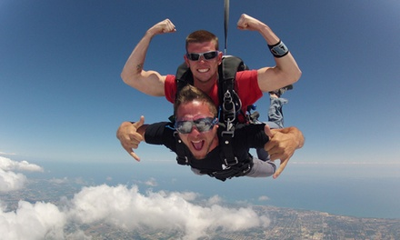 $143 for a Tandem Skydive from Lone Star Parachute Center ($229 Value)