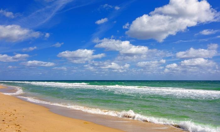 Ocean Manor Beach Resort - Fort Lauderdale, FL: Stay at Ocean Manor Beach Resort in Fort Lauderdale, FL. Dates Available Into November.