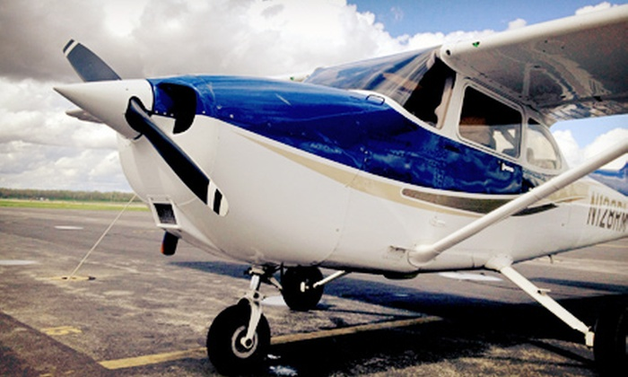 Air Associates of Missouri - Chesterfield: $595 for a Flight-Training Package from Air Associates of Missouri ($1,191 Value)