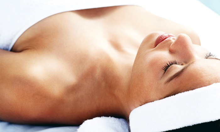 The Xtreme Beauty - Xtreme Facials: One, Three, or Five Infrared Body Wraps at The Xtreme Beauty (Up to 92% Off)