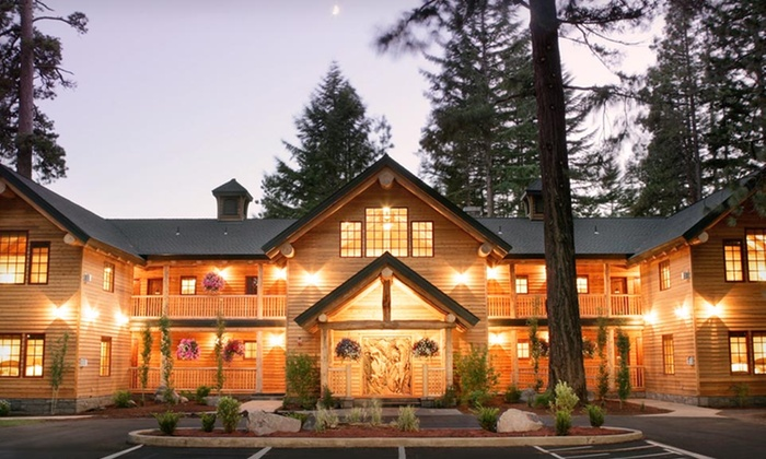 The Lodge at Suttle Lake - Grandview: 2-Night Stay with Spa Credit, Dessert, and Snowshoe Rentals or Gift Basket at The Lodge at Suttle Lake in Sisters, OR
