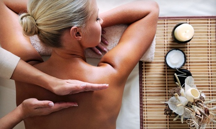 newfitu - Eken Park: One or Three 60-Minute Massages at Newfitu (Up to 53% Off)