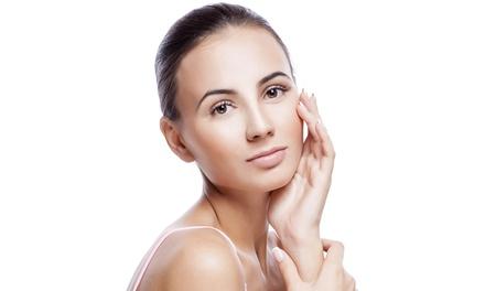 Soin du visage anti âge, option modelage crânien dès 59 € à La Maison de Beauté