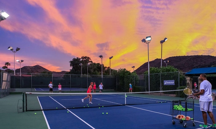 Gold Key Racquet Club - North Mountain: $49 for a One-Month Membership with up to 8 Tennis Clinics at Gold Key Racquet Club ($388 Value)