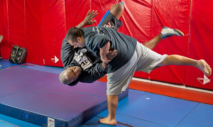 Southpaw Gym - Southpaw Gym: 10 or 20 Martial Arts Classes at Southpaw Gym (Up to 84% Off)